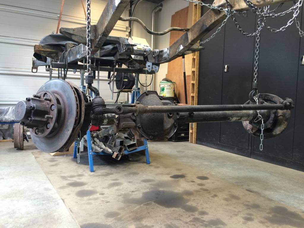 Link suspension-1